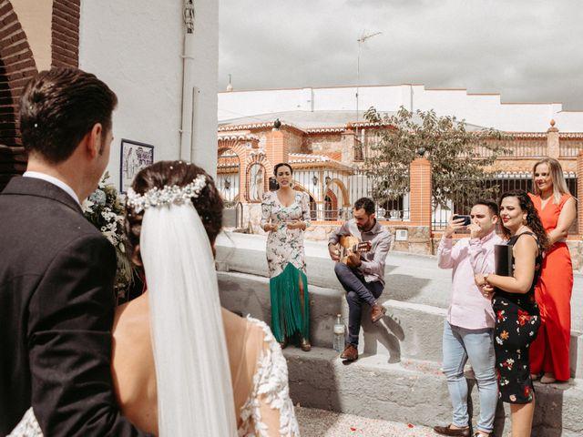 La boda de Víctor Manuel y Alicia en Huetor Vega, Granada 48