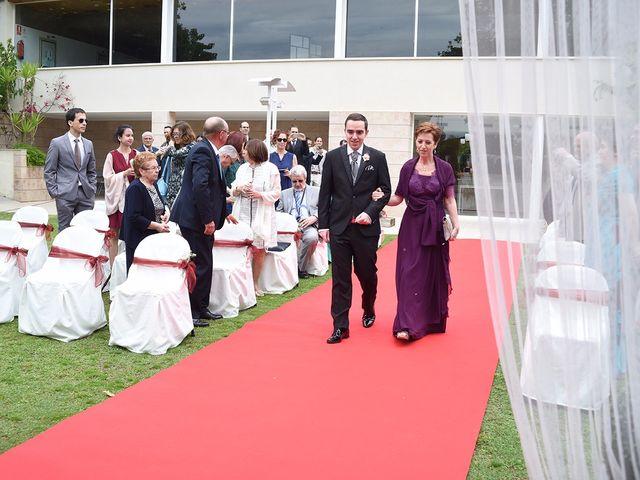 La boda de Oriol y Laura en El Priorat De Banyeres, Tarragona 20