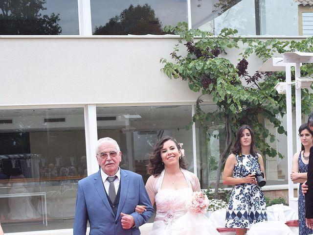 La boda de Oriol y Laura en El Priorat De Banyeres, Tarragona 21