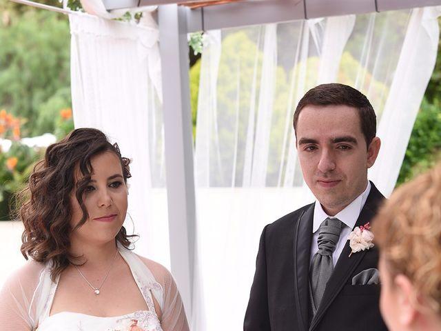 La boda de Oriol y Laura en El Priorat De Banyeres, Tarragona 25