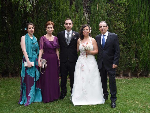 La boda de Oriol y Laura en El Priorat De Banyeres, Tarragona 58