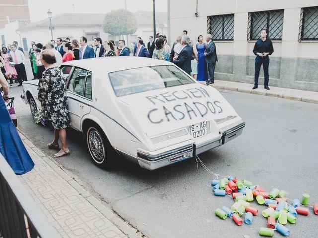 La boda de Jorge y Lidia en Piedrabuena, Ciudad Real 39