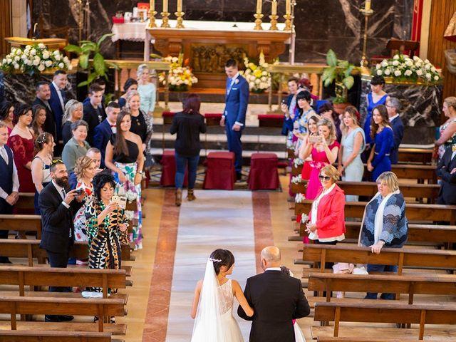 La boda de Aitor y Veronica en Pola De Lena, Asturias 12