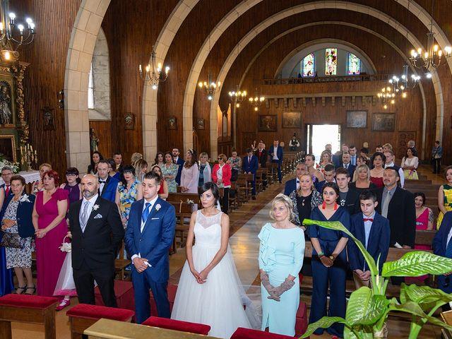 La boda de Aitor y Veronica en Pola De Lena, Asturias 13