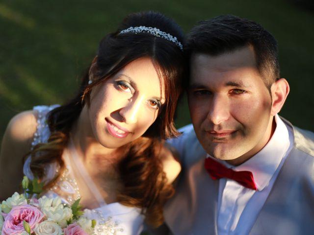 La boda de Víctor  y Andrea  en O Porriño, Pontevedra 17