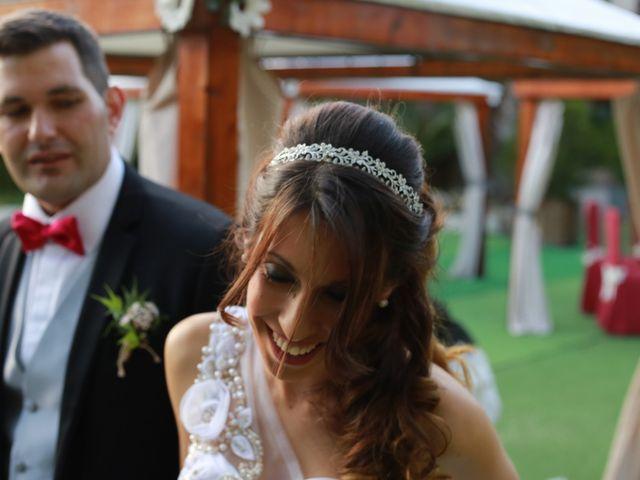 La boda de Víctor  y Andrea  en O Porriño, Pontevedra 25