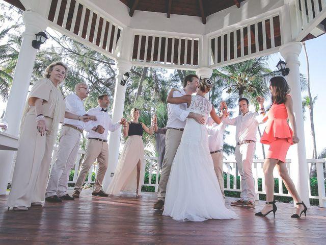 La boda de Enrique  y Lara  en Donostia-San Sebastián, Guipúzcoa 2