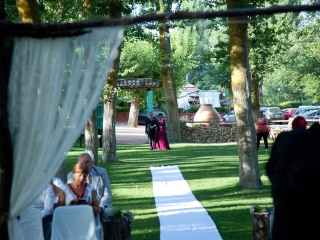 La boda de Héctor y Silvia en Saelices, Cuenca 2
