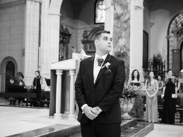 La boda de Carlos y Eva en La Gineta, Albacete 16
