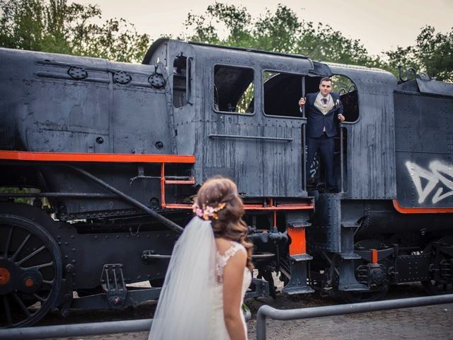 La boda de Carlos y Eva en La Gineta, Albacete 25