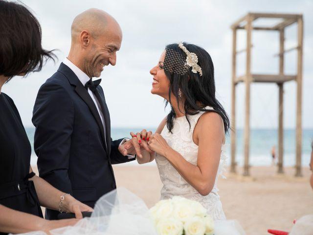 La boda de Javi y Geles en Valencia, Valencia 14