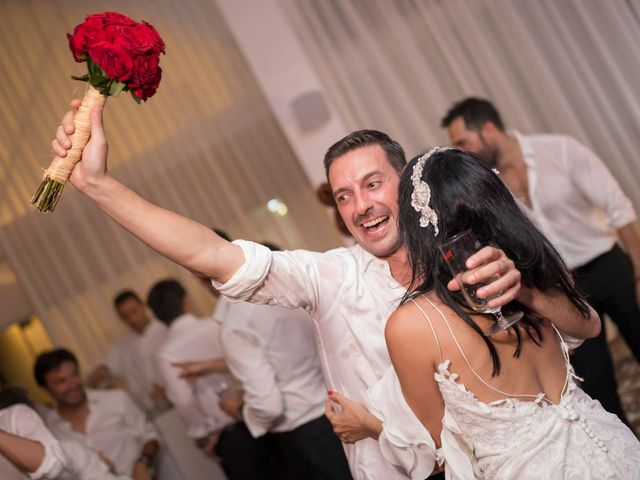 La boda de Javi y Geles en Valencia, Valencia 21