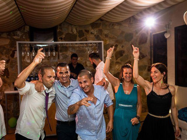 La boda de Carlos y Mónica en Llers, Girona 34