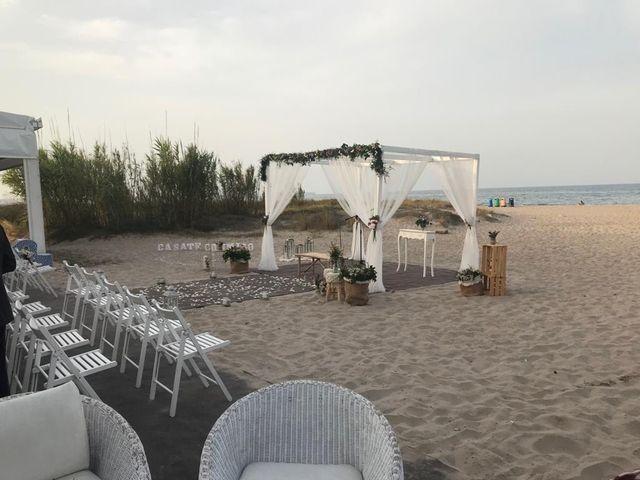 La boda de José María y Cristina  en Valencia, Valencia 2