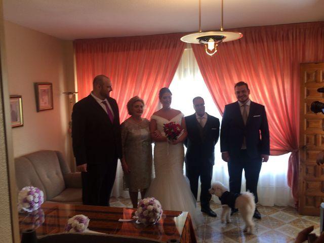 La boda de Manuel y Amparo en Jaén, Jaén 3