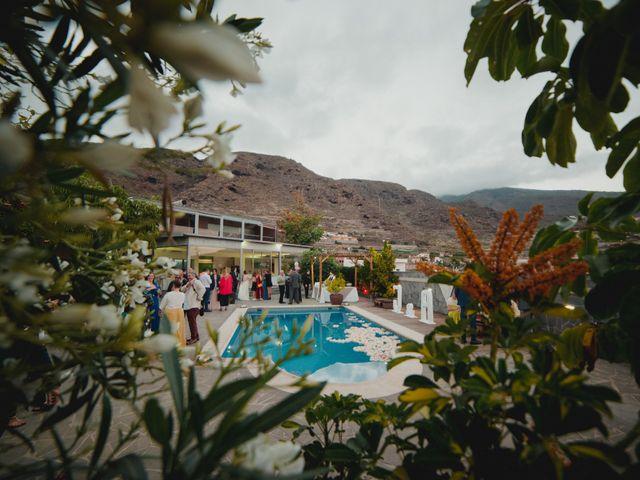 La boda de Álvaro y Jessica en Candelaria, Santa Cruz de Tenerife 24