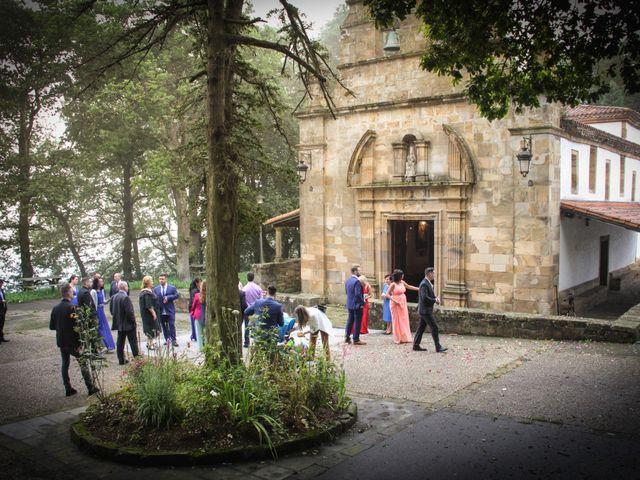 La boda de Héctor y Jeni en La Felguera (Langreo), Asturias 29