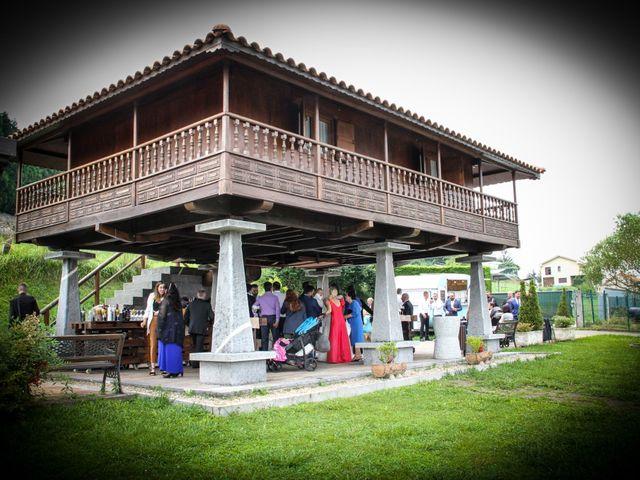 La boda de Héctor y Jeni en La Felguera (Langreo), Asturias 42