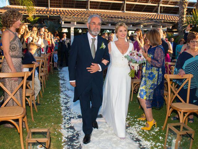 La boda de Raúl y Carmen en Málaga, Málaga 23