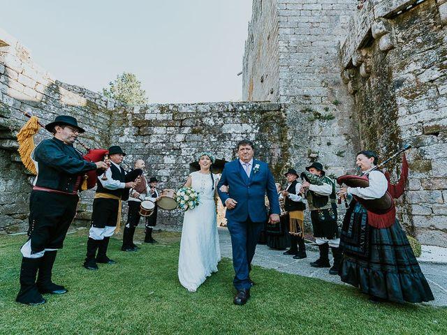 La boda de Alberto y Isa en Pontevedra, Pontevedra 15