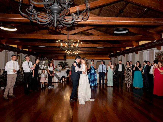 La boda de Guille y Triana en Vilanova De Arousa, Pontevedra 42