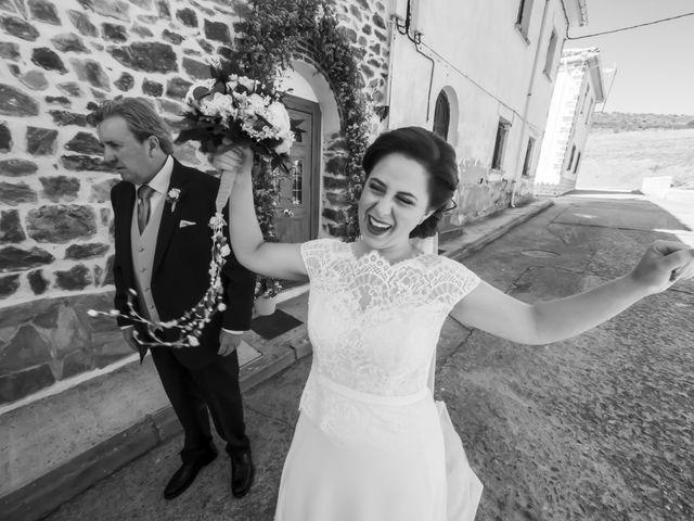 La boda de Raúl y Arabela en Santa Maria De Mave, Palencia 13