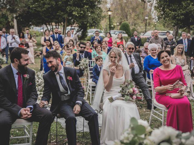 La boda de Alexis y Urszula en Alcala De Guadaira, Sevilla 118