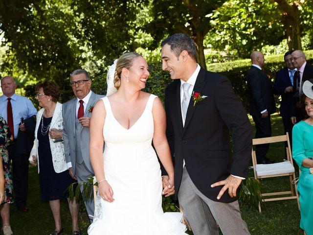 La boda de Luís y Rebeca en Zaragoza, Zaragoza 22