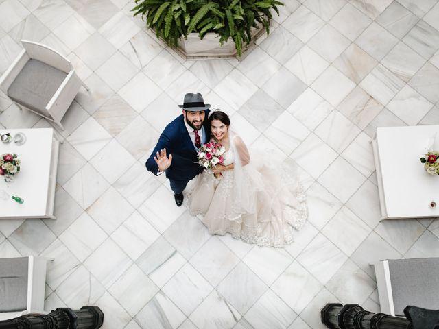 La boda de Roberto y Manuela en Casas De Reina, Badajoz 55