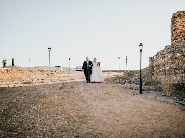 La boda de Roberto y Manuela en Casas De Reina, Badajoz 56