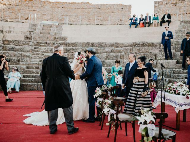 La boda de Roberto y Manuela en Casas De Reina, Badajoz 58