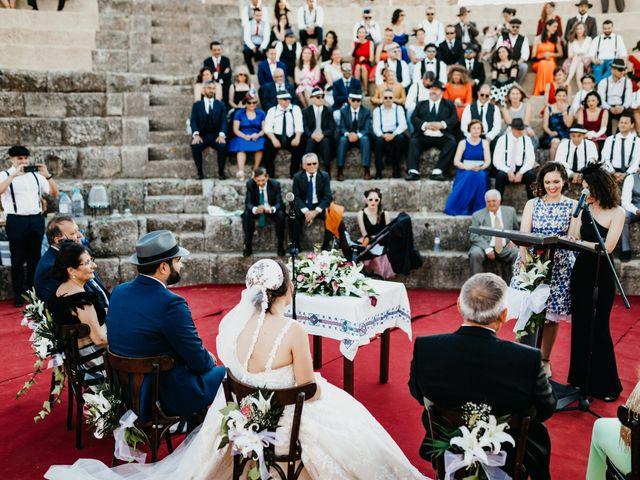 La boda de Roberto y Manuela en Casas De Reina, Badajoz 65