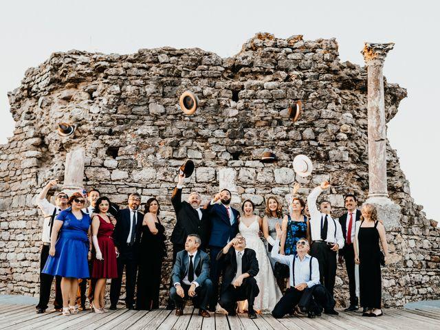 La boda de Roberto y Manuela en Casas De Reina, Badajoz 81