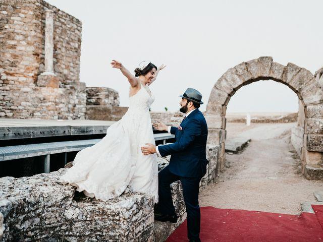 La boda de Roberto y Manuela en Casas De Reina, Badajoz 90