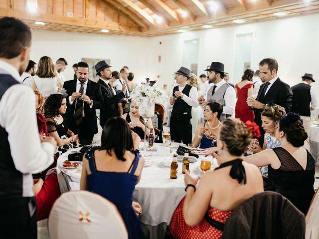 La boda de Roberto y Manuela en Casas De Reina, Badajoz 102