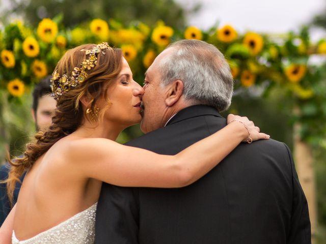 La boda de Gonzalo y Ascen en Carballo, A Coruña 35