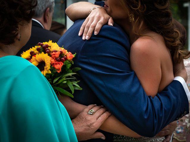 La boda de Gonzalo y Ascen en Carballo, A Coruña 38