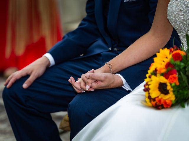 La boda de Gonzalo y Ascen en Carballo, A Coruña 39