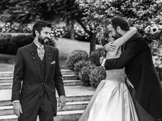 La boda de Gonzalo y Ascen en Carballo, A Coruña 43