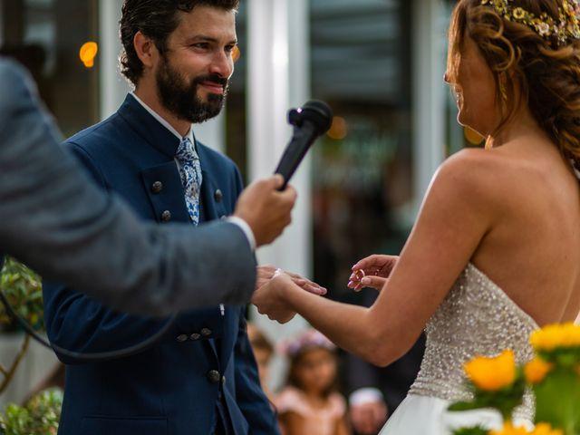 La boda de Gonzalo y Ascen en Carballo, A Coruña 47