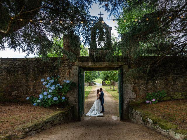 La boda de Gonzalo y Ascen en Carballo, A Coruña 52