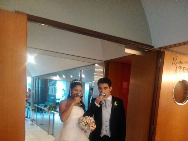 La boda de Tony y Leandra  en Barcelona, Barcelona 16