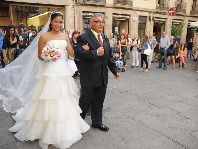 La boda de Tony y Leandra  en Barcelona, Barcelona 47