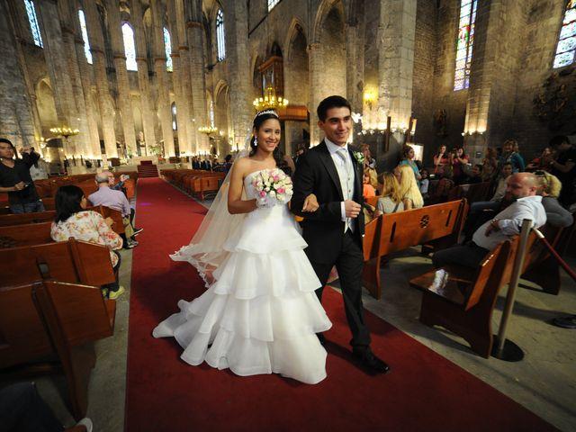 La boda de Tony y Leandra  en Barcelona, Barcelona 54