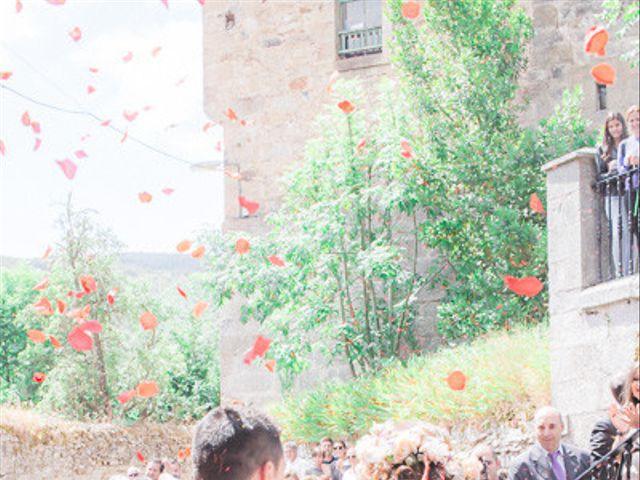 La boda de Cristobal y Patricia en Las Fraguas, Soria 28
