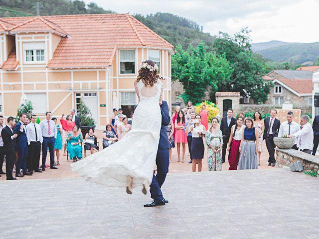 La boda de Cristobal y Patricia en Las Fraguas, Soria 59