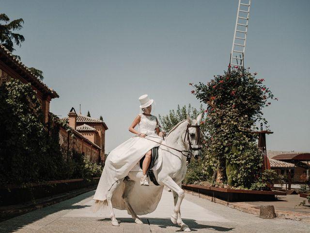 La boda de Jesús y Amparo en Ballesteros De Calatrava, Ciudad Real 28
