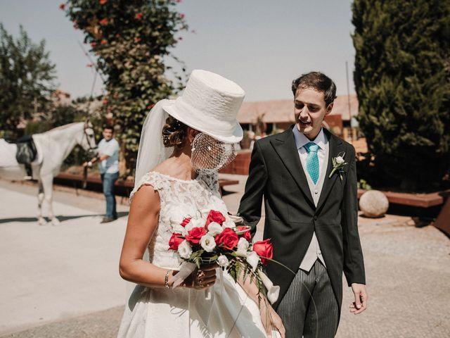La boda de Jesús y Amparo en Ballesteros De Calatrava, Ciudad Real 30