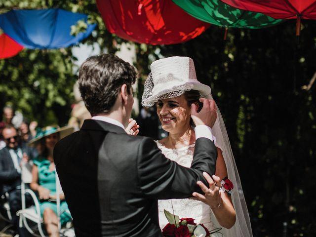 La boda de Jesús y Amparo en Ballesteros De Calatrava, Ciudad Real 44