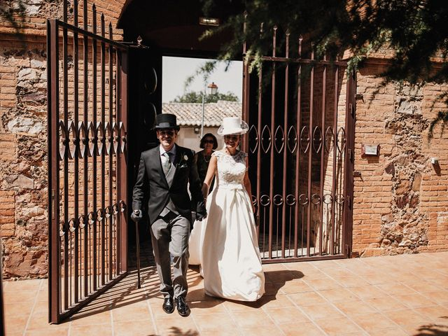La boda de Jesús y Amparo en Ballesteros De Calatrava, Ciudad Real 55